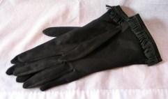 Vintage 1950s Black 2-button Length gloves with fringe