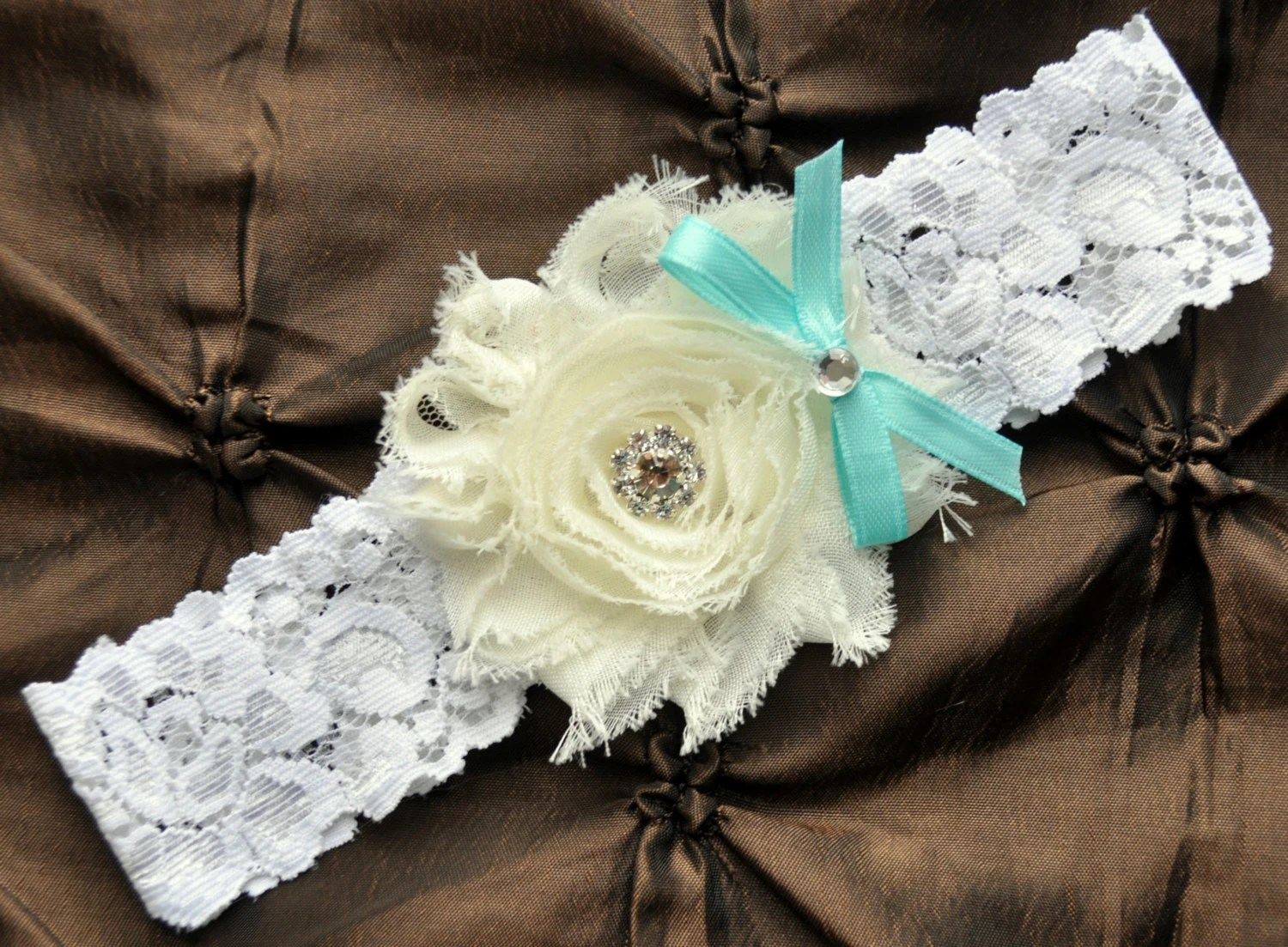 Wedding Garter Bridal Garter Ivory Lace Garter Toss