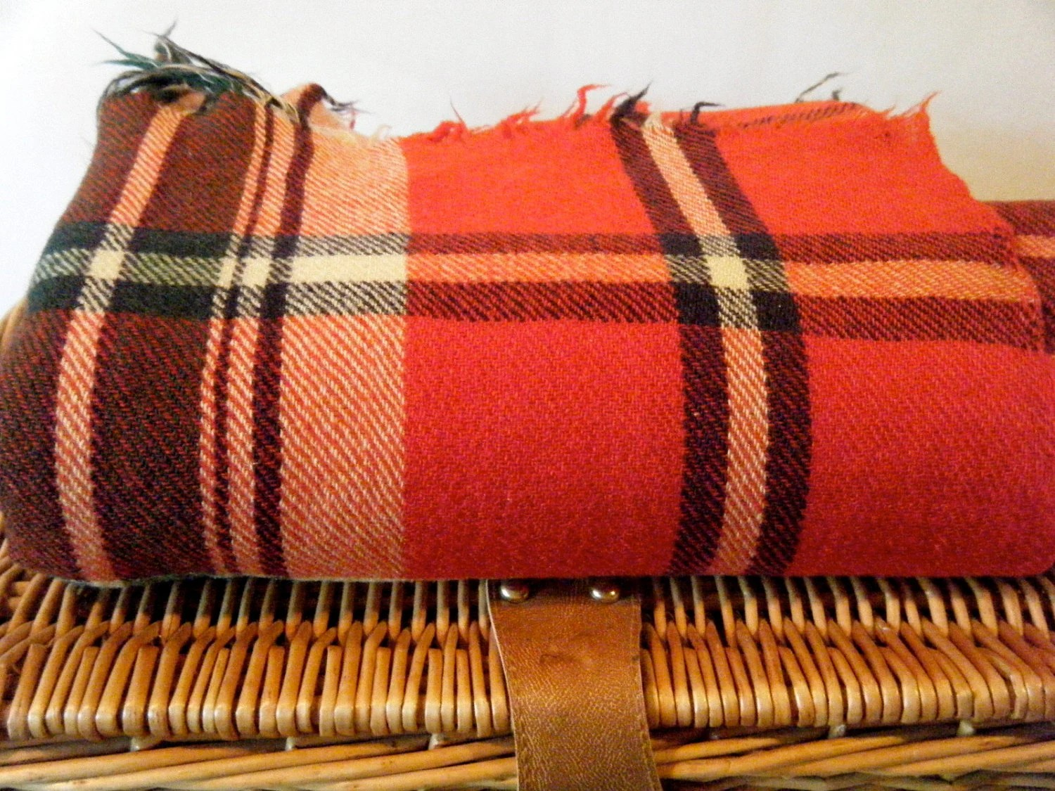 Vintage Classic Red Plaid Wool Throw Blanket, Everyday Use, Picnic Basket Blanket, Thinner Style Wool, Use As Shaw - KaiserVonVintage