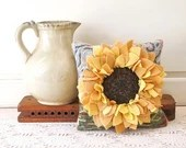 Pattern for the Sunflower Hooked Pillow