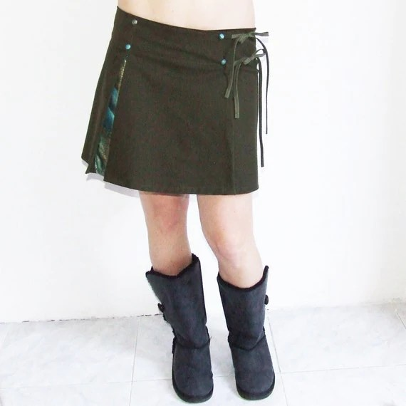 Items similar to Army Green and Traditional Japanese Short ...