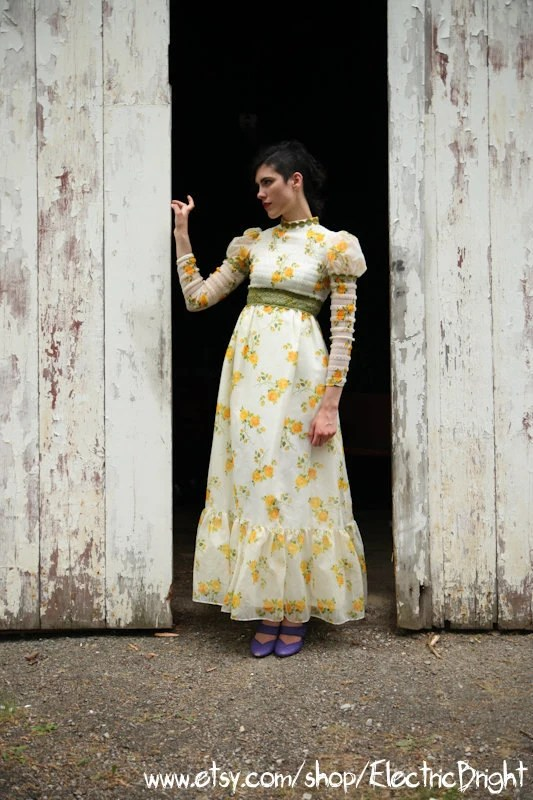 Ethereal Edwardian High Neck High Waist High Fashion Yellow Rose Renaissance Gown - ElectricBright