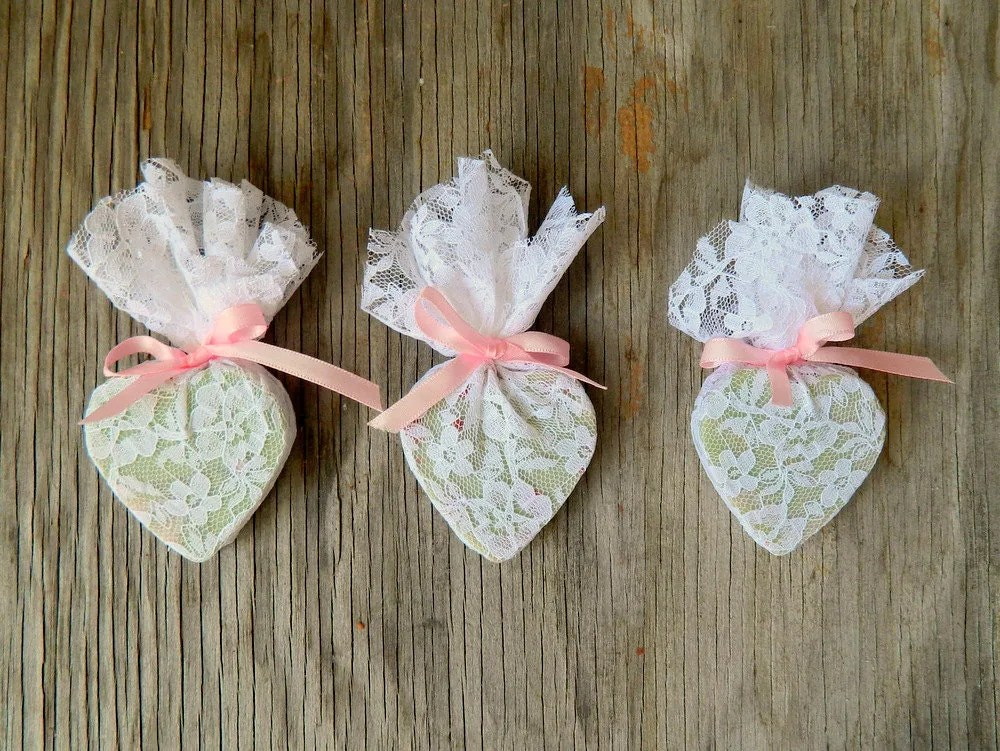 Homemade baby shower decorations for Baby shower decorations to make at home