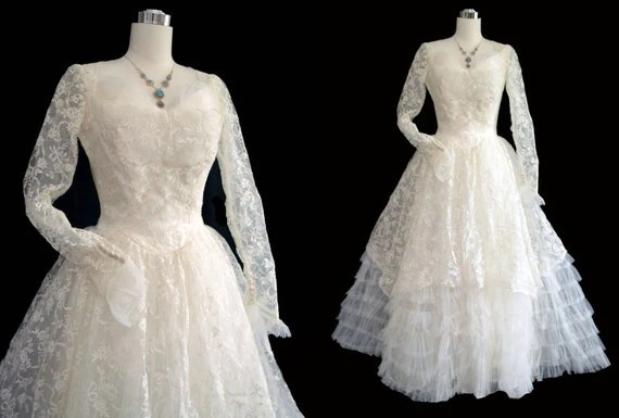 Vintage 50s Wedding Dress // 1950s Wedding Gown // Lace Tulle