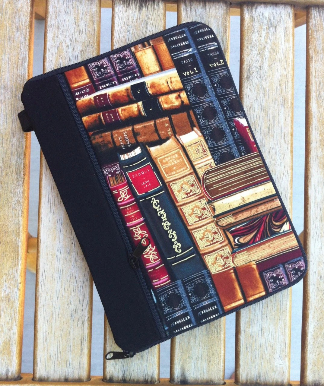 PERSONALIZED ipad mini case/ kindle case/ nook cases/ others - full zipper close HARD CASE - books