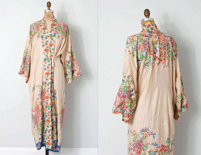 Vintage 1920s Silk Kimono Robe 20s Floral Silk Kimono Robe