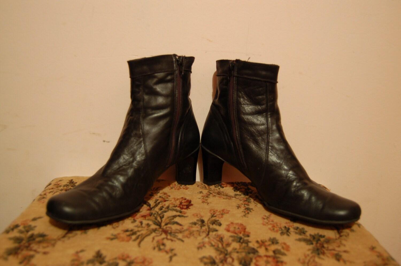 crazy flash sale size 7 vintage black leather fashion ankle boots haute juice. Black Bedroom Furniture Sets. Home Design Ideas