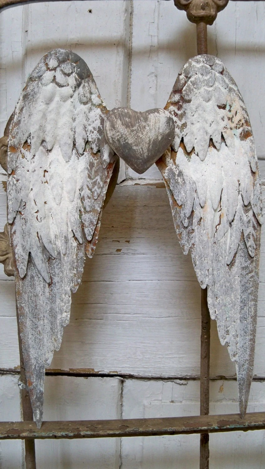 Gray White Metal Wings Wall Sculpture Shabby Chic Rusted Farm