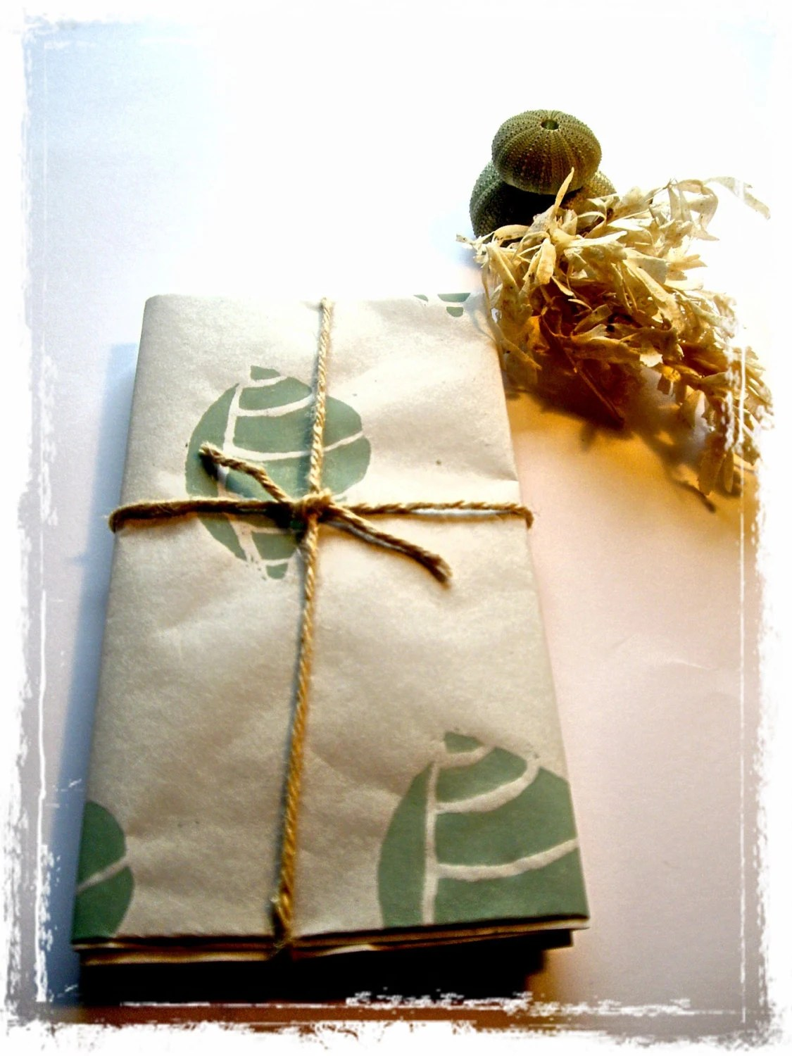 Sea Shell Gift Wrap - TheOliveTreeAtelier