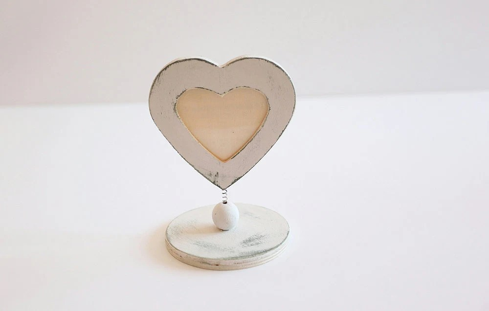 White mini heart shaped wooden photo frame, cake topper, wedding topper, baby shower,Shabby chic - KatzCornerBoutique