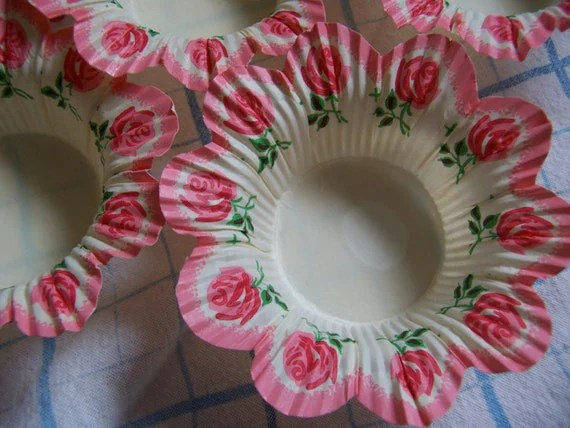 Frilly Paper Pink Cupcake Holders