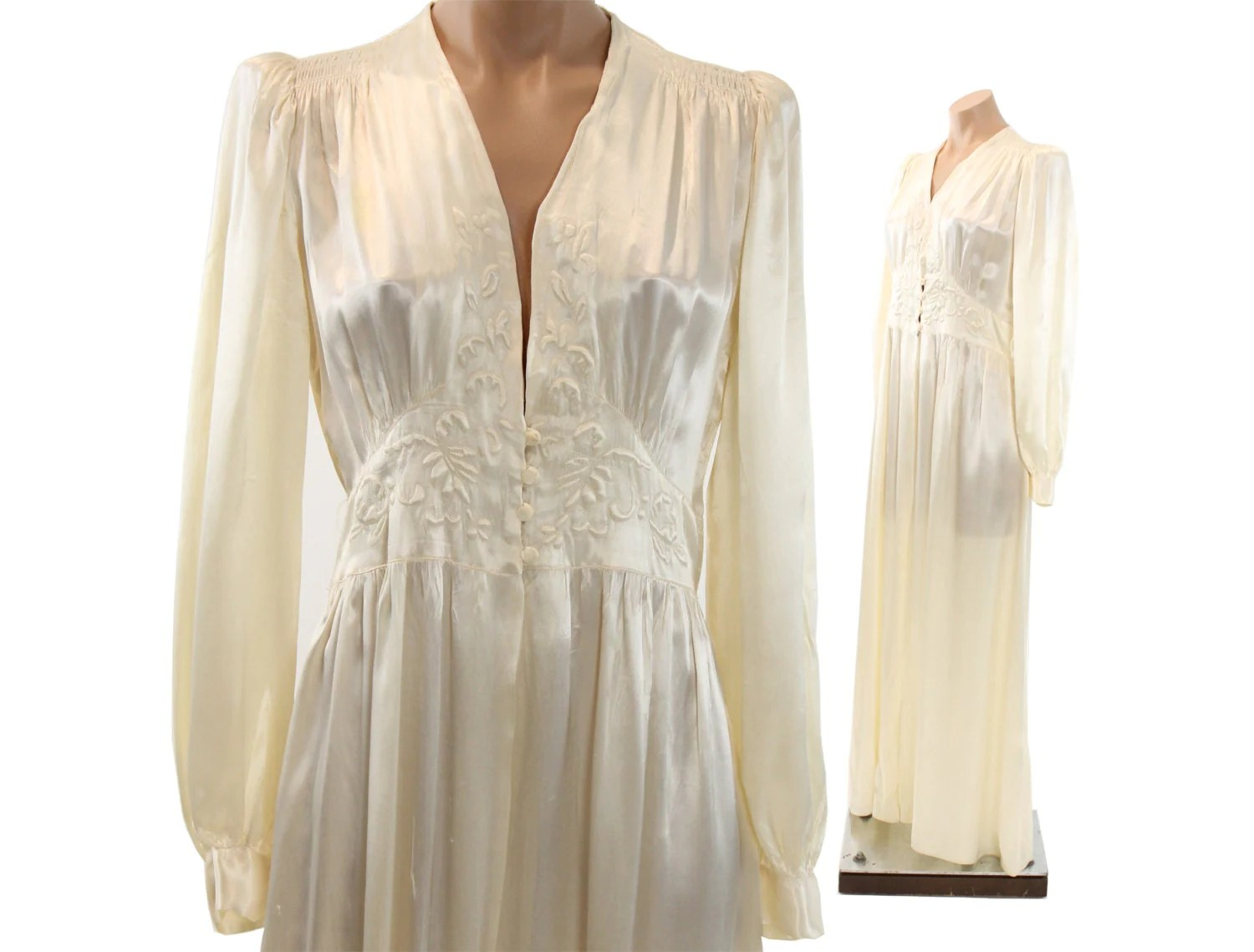 40s Ivory Silk Robe Dressing Gown Floral Quilted Puff Sleeves