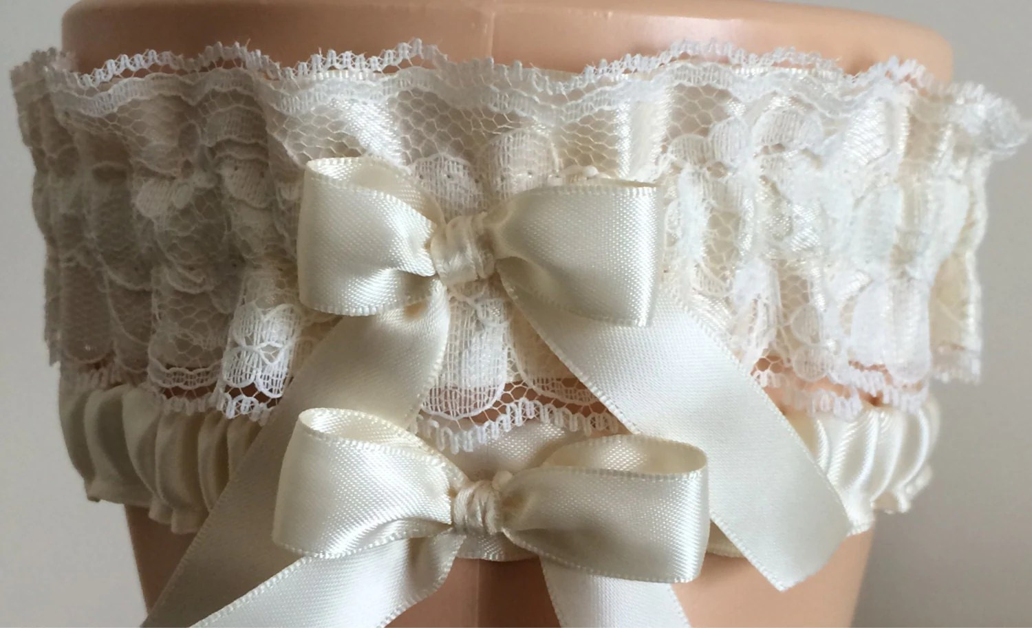 Ivory Lace Wedding Garter Set Bridal Garter Prom Garter