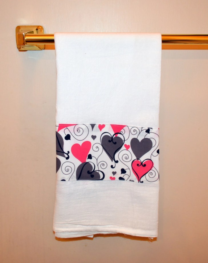 Towel Valentine Day Heart Tea Dish
