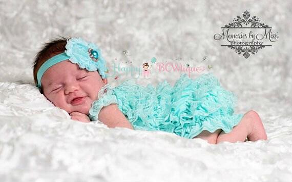 Baby girls' clothing, 2pcs Light Aqua Lace Petti Romper set, newborn romper, Aqua romper, baby girls outfit, Birthday outfit,