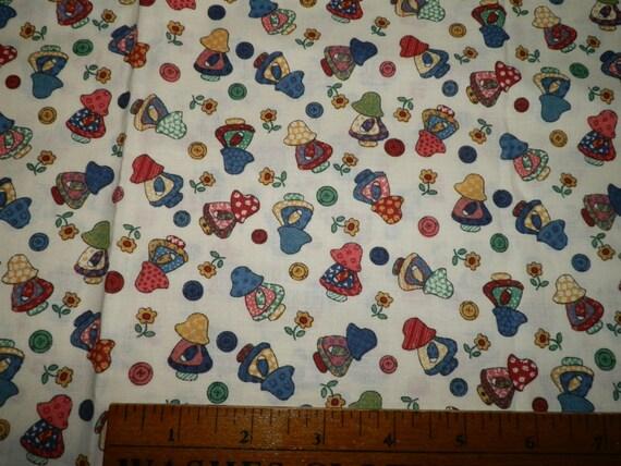 Sunbonnet Sue Little Quilt Fabric White Background Novelty