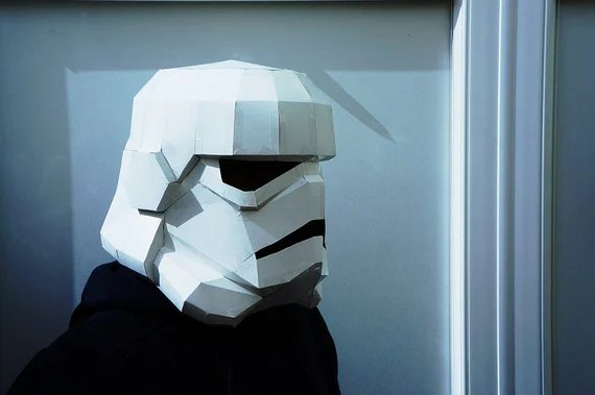Stormtrooper helmet, make your own stormtrooper helmet from recycled card