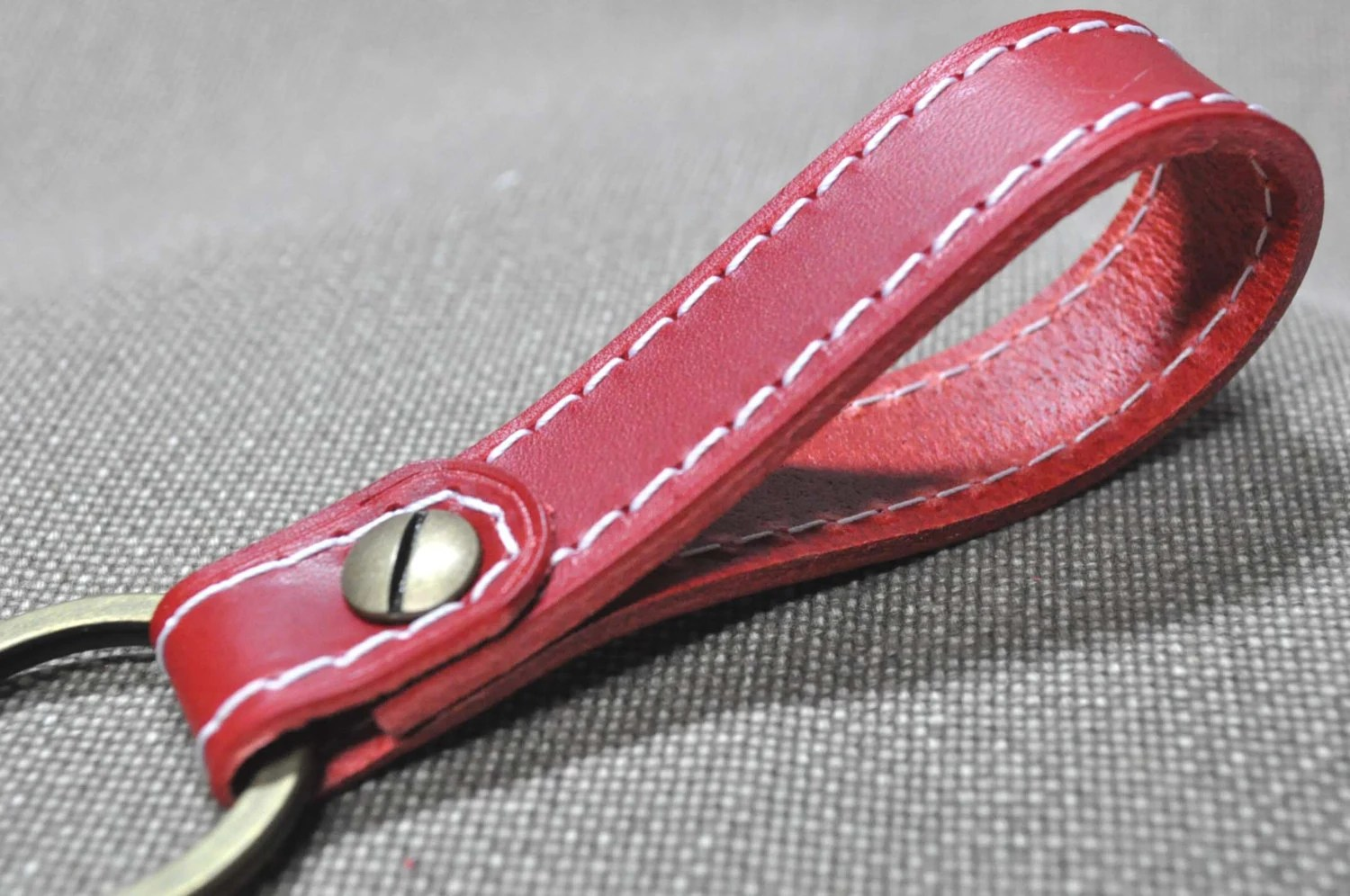 Red - Leather Keychain - leather keyring - red leather keychain - red leather keyring  - red keychain - red keyholder - Italian leather - MJKMADE