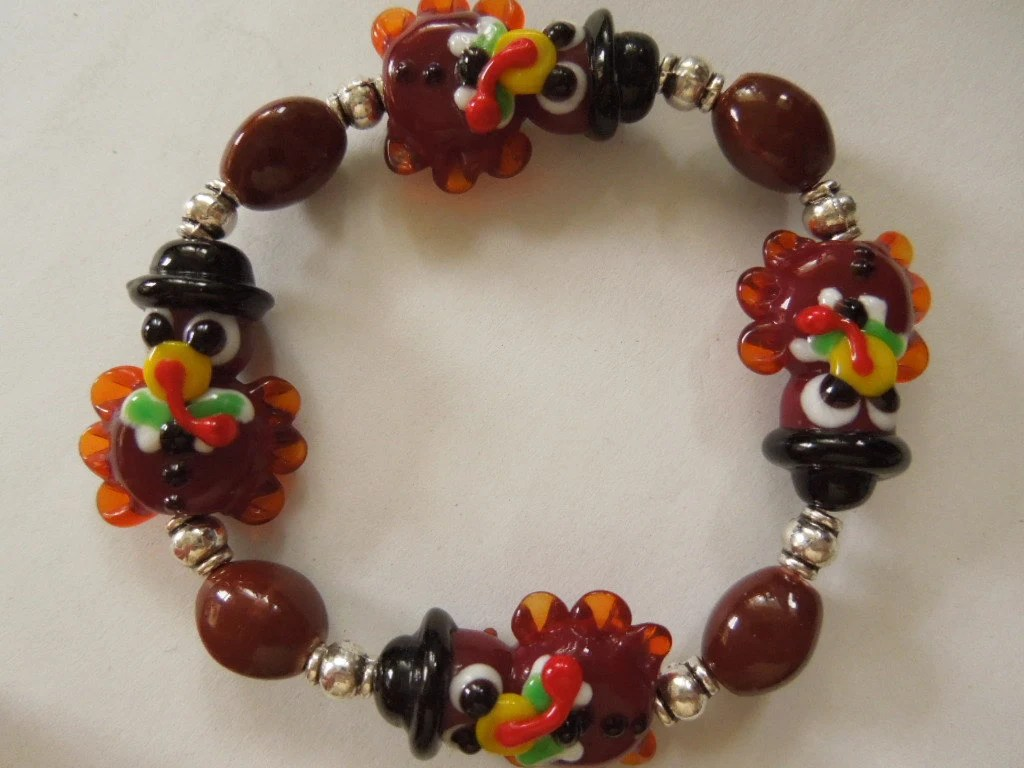 Lampwork Glass Turkey Bracelet Glass Turkey Beads Thanksgiving Bracelet Lampwork Turkey Stretch Bracelet Lampwork Thanksgiving Bracelet - CapricesCreations