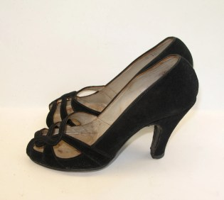Vintage 1940s Suede Open Toe Pumps - 6