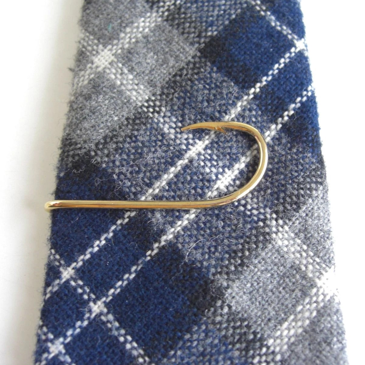 Gold fish hook tie bar tie clasp tie clip haute juice for Tie fishing hook