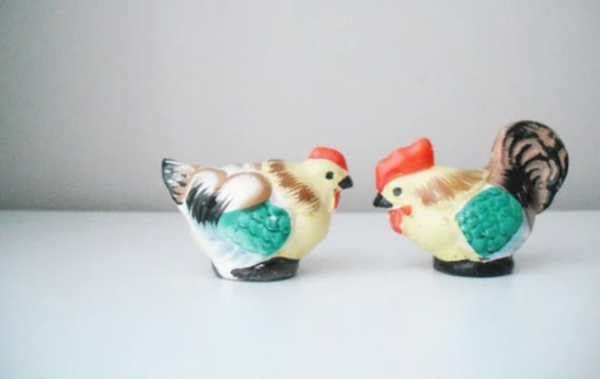 Vintage Ceramic Hen and Rooster Salt and Pepper Shaker Set