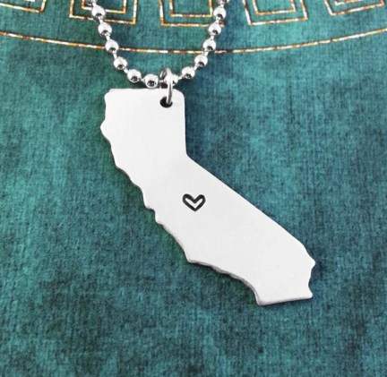 California Necklace Personalized Jewelry Hand Stamped Long Distance Relationship Girlfriend Gift Couples Necklace Heart Map State Necklace