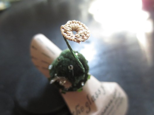 Faery Moss statement ring