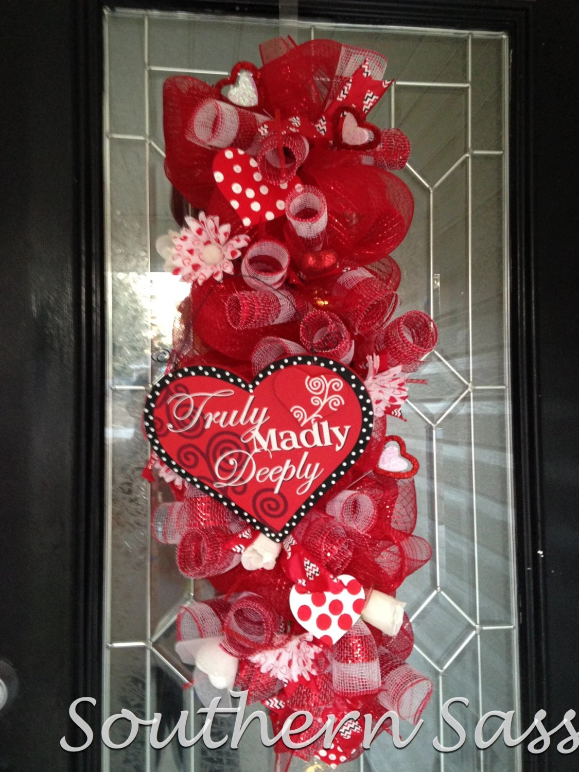 Red And White Deco Mesh Valentines Swag Wreath Door
