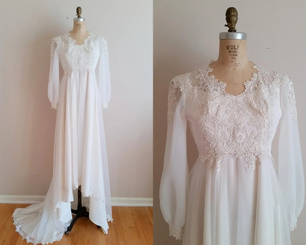 Vintage 1960s Wedding Dress / 60s Wedding Gown / Applique Lace