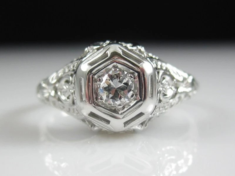 Antique Art Deco 0 15ct Diamond Filigree Engagement Ring