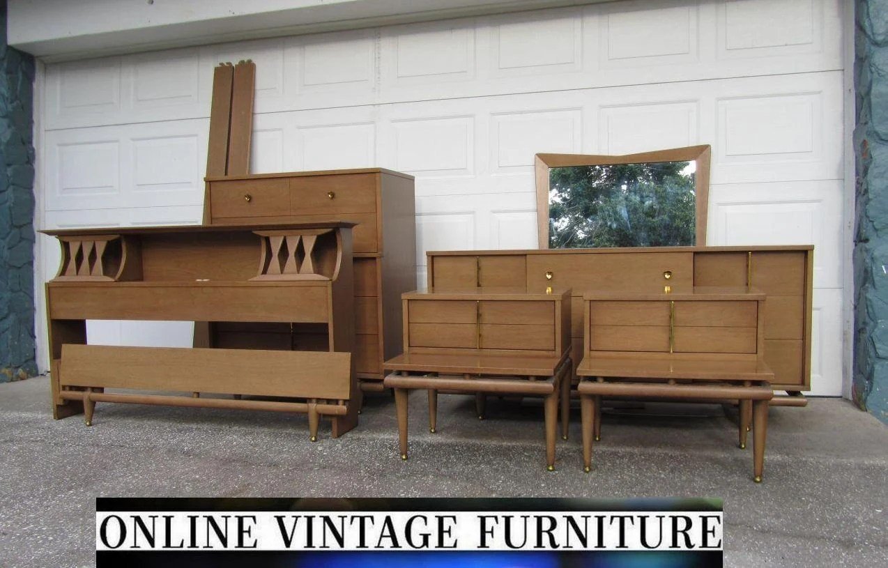 Rare 1950s bedroom set kent coffey sequence dresser for Spring hill designs bedroom furniture