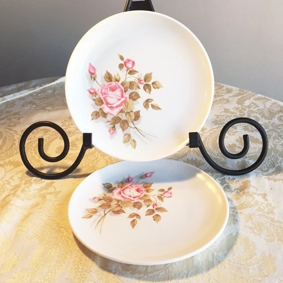 Vintage Melamine Dinnerware Patterns