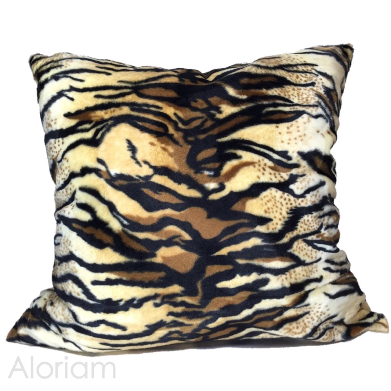 Tiger Stripes Faux Fur Animal Print Decorative Throw By