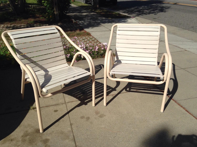 Brown jordan pair of patio chairs haute juice for Brown jordan lawn furniture