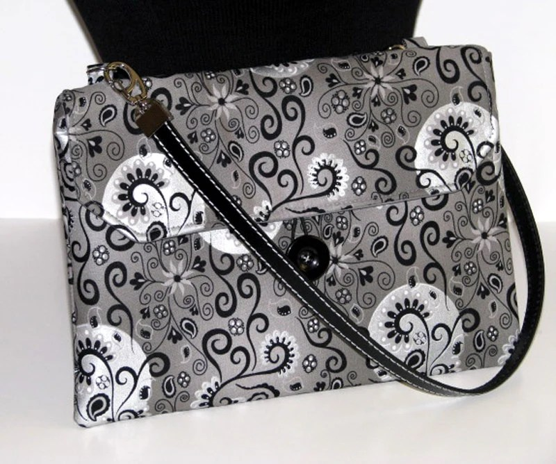Tablet case, shoulder bag, clutch, handbag, button closure, cross body, paisley, black and white, cotton, leather straps, slide pockets