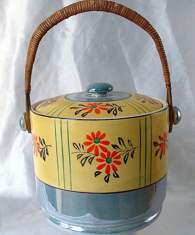 Vintage Japan Pot Dish Lustreware Flower Rattan Biscuit