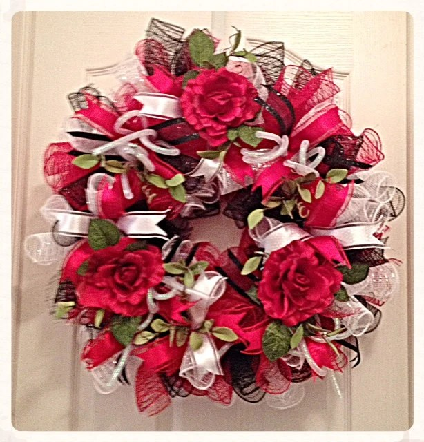 Red Rose Deco Mesh WreathRed Black And White Rose Deco Mesh