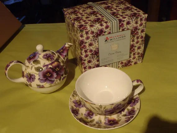 Tea For One Maxwell Williams Cream Pansy Gift Boxed Set Bold