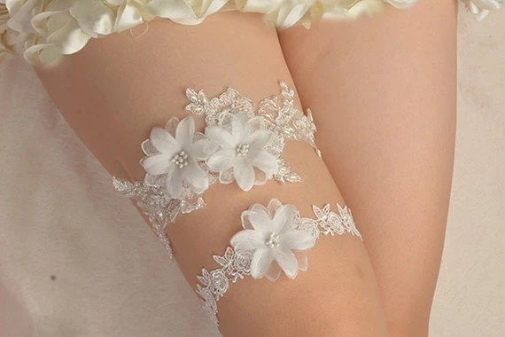 Bridal Garter Wedding Garter Bride Garter Off-white Lace