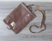 Leather messenger bag, Vi...