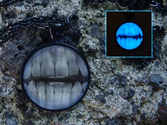 X-Ray Teeth Pendant / Glowing Necklace