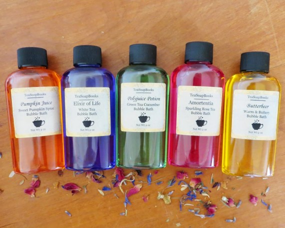 Mini Harry Potter Bubble Bath 2 oz - 30+ Harry Potter Gift Ideas for the Harry Potter Lover in your life. This gift guide includes clothing, home decor, food and anything else Harry Potter! thekeeledeal.com