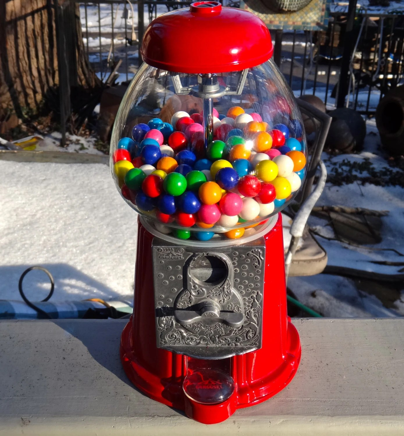 Gum Ball Machine Bubble Gum Dispenser Carousel Candy