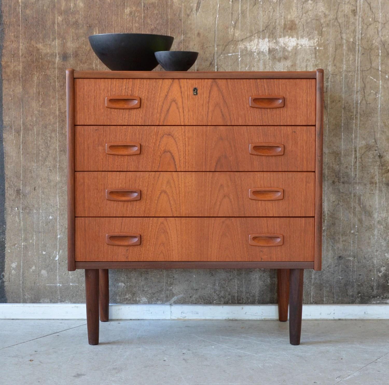 60er teak kommode danish design 60s vintage cabinet chest. Black Bedroom Furniture Sets. Home Design Ideas