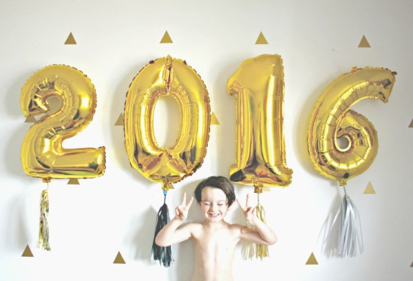 New Years Eve 2017 Gold Number Balloons with Tassel 2016