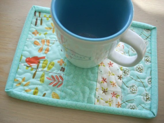 wrens and friends in blue mug rug - FREE SHIPPING