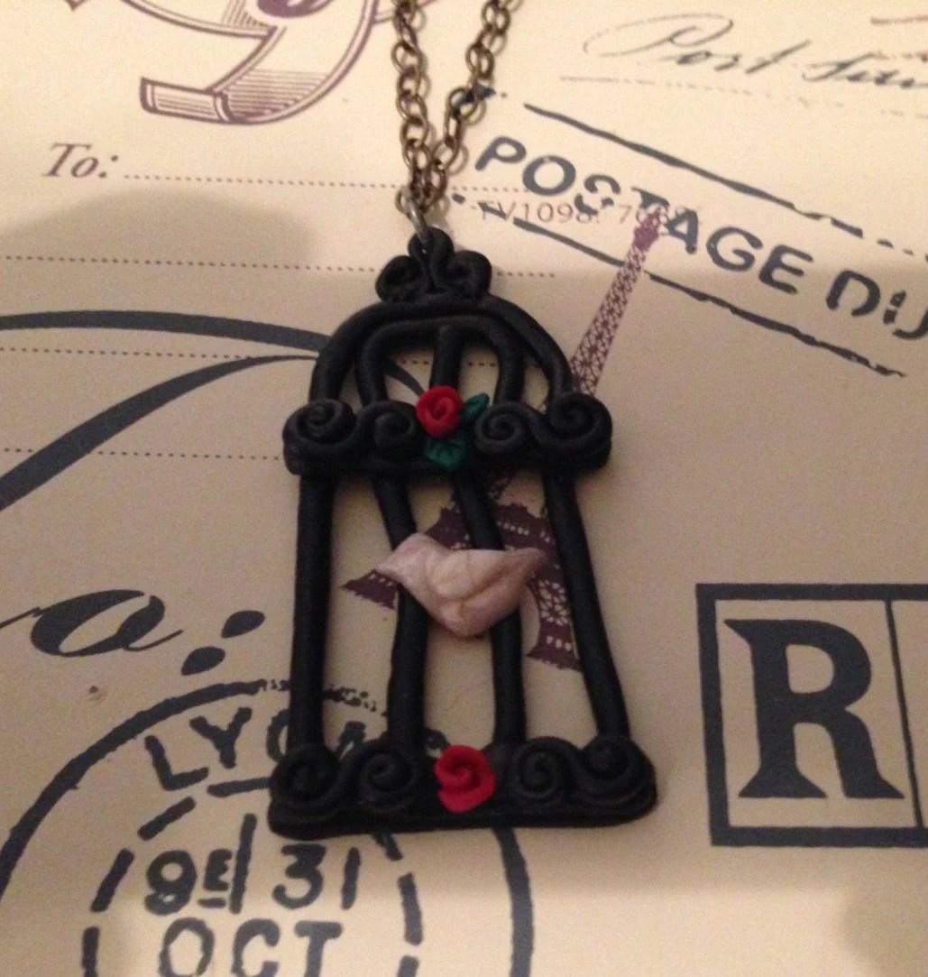 Goth Birdcage Necklace fr...