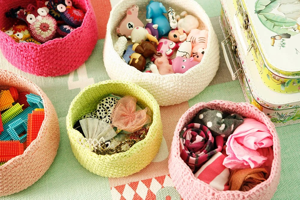 Cotton crochet basket, st...
