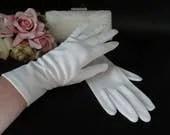 Vintage Ivory Wrist Lengt...